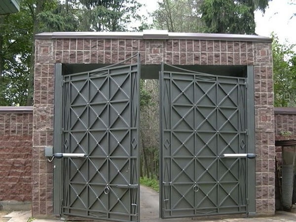 Установка ворот цена под ключ