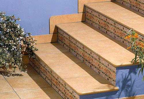 Стоимость облицовки ступеней керамической плиткой в Минске