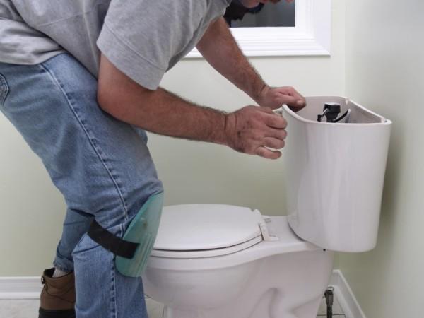 Вызов сантехника на замену унитаза минск