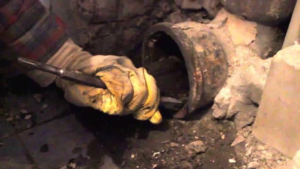 Простой способ демонтажа чугунной канализации