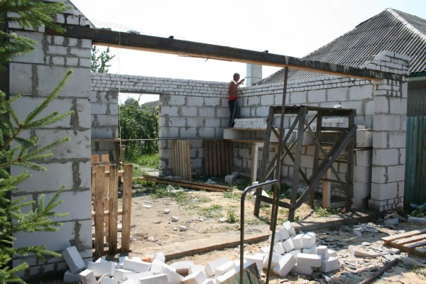 Заказать построить гараж из пеноблоков в Минске