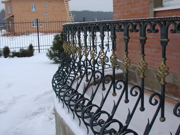 Заказать кованые перила в Минске
