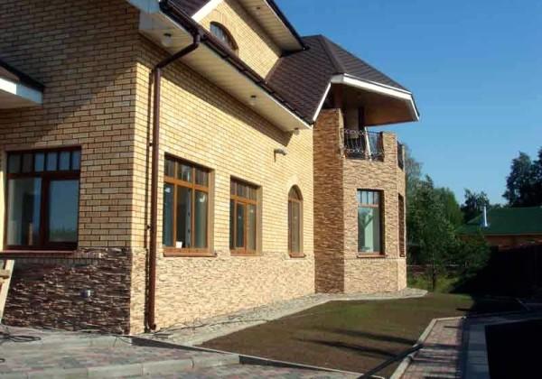 Стоимость фасада под ключ из декоративного камня в Минске
