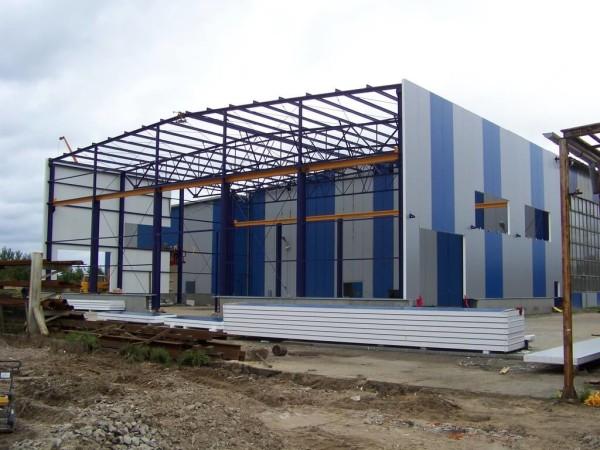 Заказать построить склад из сэндвич-панелей в Минске