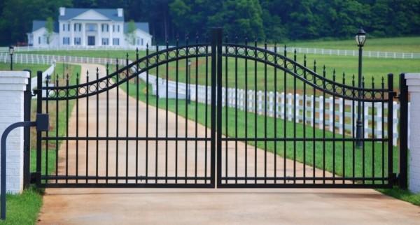 Цена кованых ворот под ключ в Минске