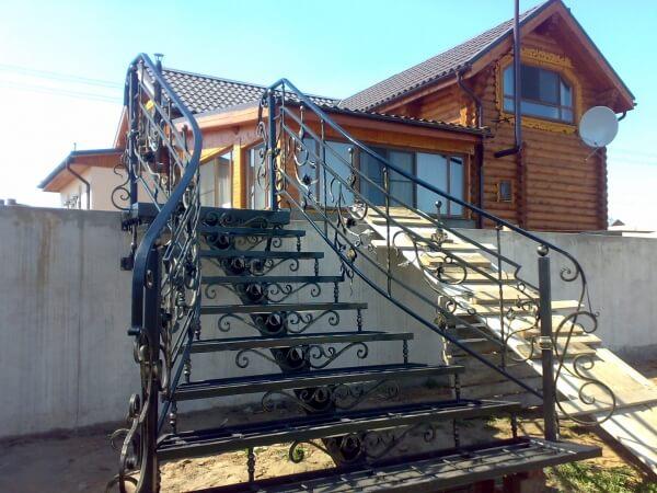 Кованые лестницы в Минске