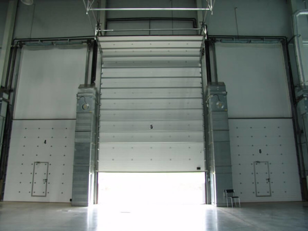 Рулонные промышленные ворота цена поставить