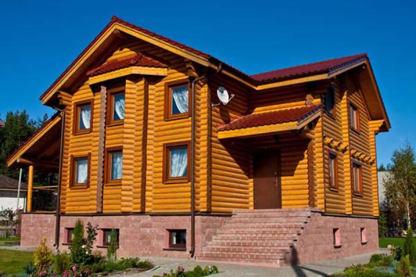 Строительство финского дома из оцилиндрованного бревна в Минске