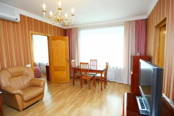 Цена ремонта гостиниц в Минске с материалом