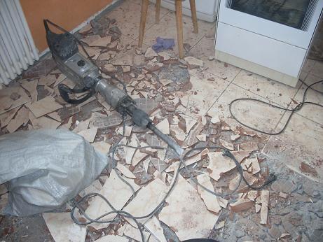 Стоимость демонтажа керамогранитной плитки, цена услуг в Витебске