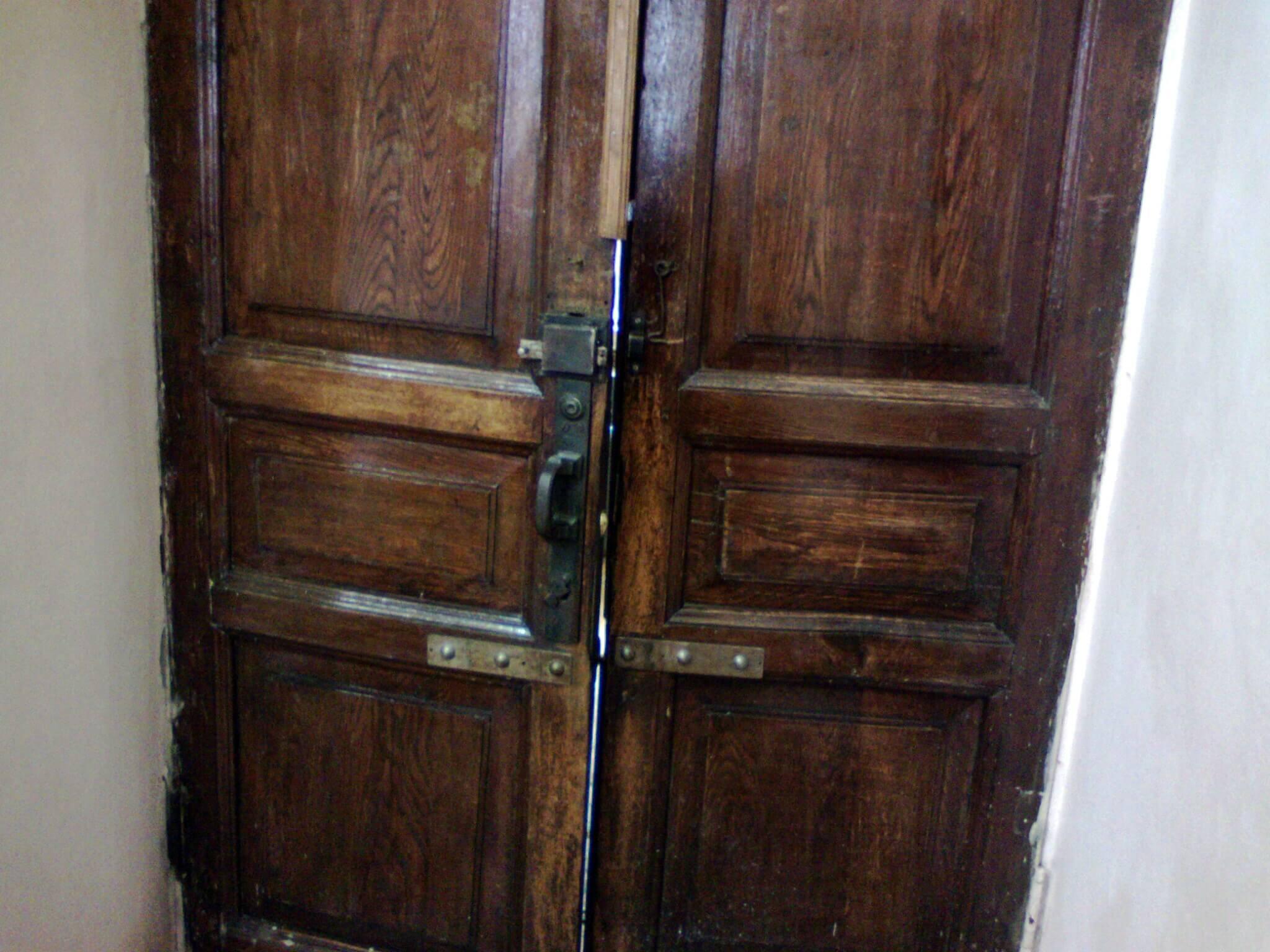 Покраска двери, цена