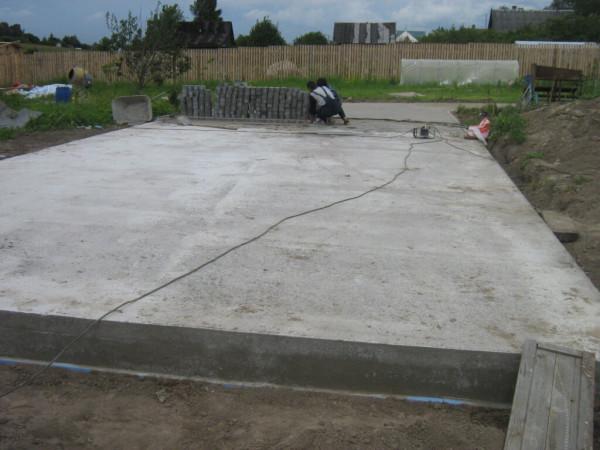 Монолитный фундамент, строительство