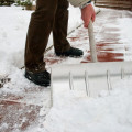 Расчистка дорожек от снега стоимость